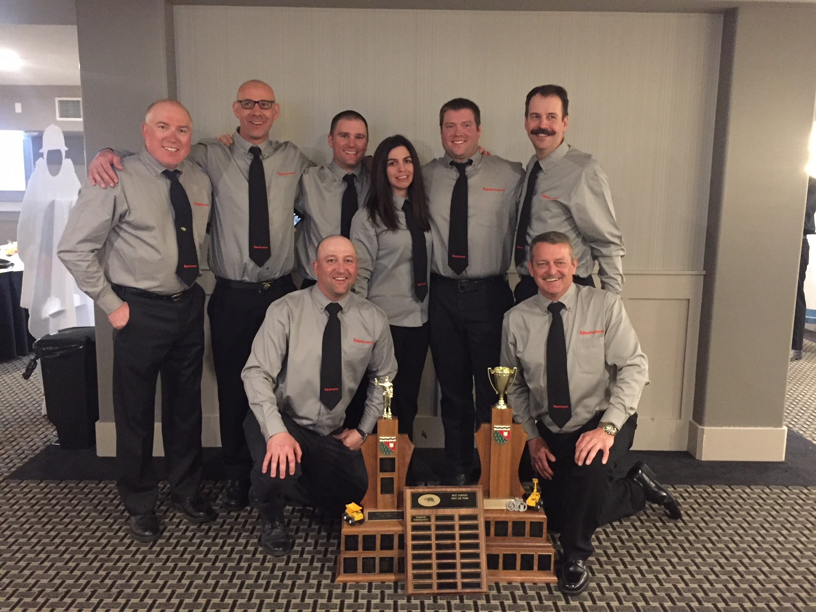 Team Coach - Dalton Head and MRT team members Steve Janknegt, Kyle Hewey, Lorne Anderson, Terra Oye, Mat Johnson, Marc Robidas, Ray Boyd
